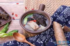 鸡茸海参汤,缓解扁平苔藓!