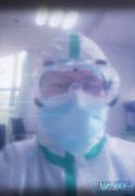 武汉肺炎疫情住院部:这里都是肺炎病人,我一晚上抱起两具尸体
